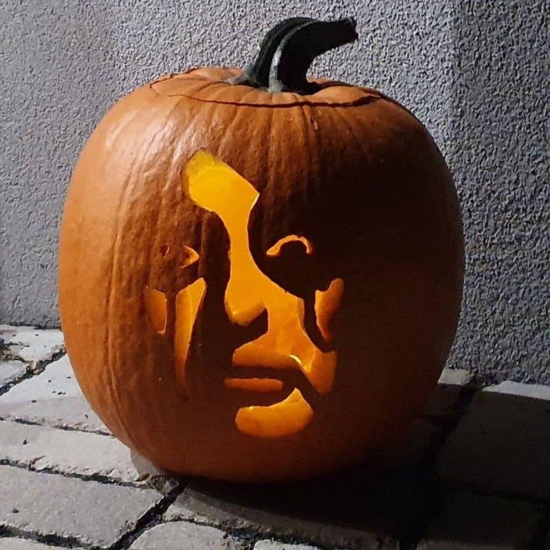 Alice Cooper Halloween pumpkin